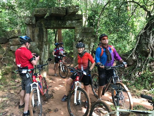 Angkor Wat Highlights Cycle Tour
