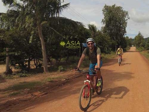 Hanoi to Siem Reap Cycle 15 Days